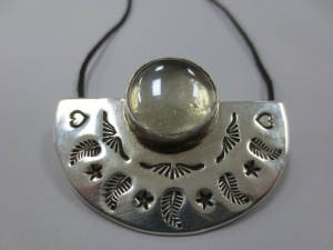 sterling silver pendant with glass bead